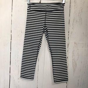 ATHLETA girl black & white stripe Leggings